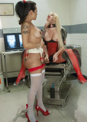 порно транс медсестра фото