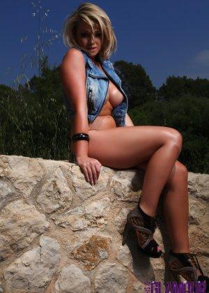 Мелисса Деблинг - гламурная красотка с аппетитной грудью и не только, она вся очень соблазнительна - фото 5