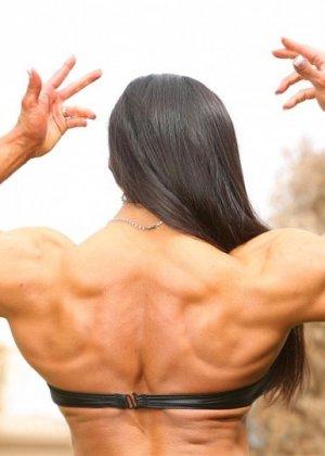 Марина Лопес обладает необыкновенно подтянутым телом, которое она так стремится показать всем - фото 2