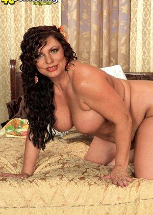 Кармелита очень хочет секса - фото 15