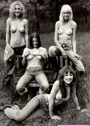 Голые девки развлекаются: играют в бильярд, напиваются в барах и не прочь, чтобы их лапали - фото 5