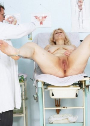 порно визит к гинекологу онлайн