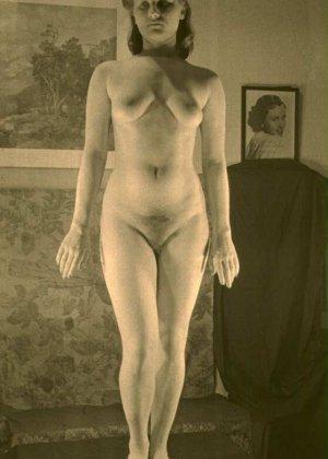 Очень старые фотографии показывают обнаженное тело женщины, которая не знала о существовании бритвы - фото 1