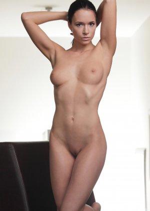 Подборка фото красивых обнаженных девушек которые хвастают своим телом - фото 14