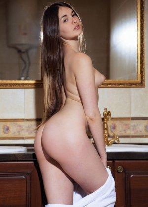 Лукки Лима поражает своей натуральной красотой - ее стройное тело понравится многим - фото 3