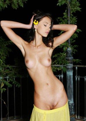 Подборка фото красивых обнаженных девушек которые хвастают своим телом - фото 42