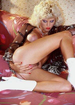 Джинджер Линн Аллен - блондинка, которая готова ко многим экспериментам, лишь бы не было скучно - фото 5