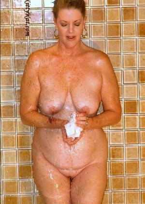 Зрелая мадам показала свои старые рыхлые сиськи всем желающим - фото 43- фото 43- фото 43