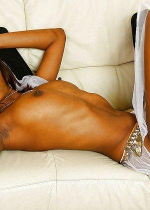 Индийские женщины обладают особой внешностью, которую не стыдно показать в обнаженном виде - фото 13