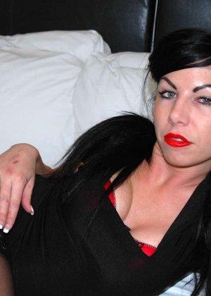 Джина Линн Джеймсон – раскованная брюнетка, которая с удовольствием показывает себя со всех сторон - фото 6