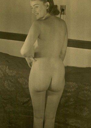 Очень старые фотографии показывают обнаженное тело женщины, которая не знала о существовании бритвы - фото 9