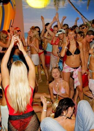 Порно пенная вечеринка видео