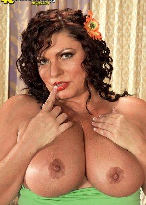 Кармелита очень хочет секса - фото 1