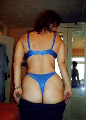 Опытная мамаша вывалила красивую грудь а после отсосала своему мужу - фото 5