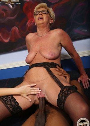 Линн Тейлор и Софи Катрер  подставляют свои пизденки под упор горячего черного хуя - фото 18