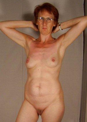 Подборка фото зрелых дам с висящими сиськами и не бритыми пездами - фото 5