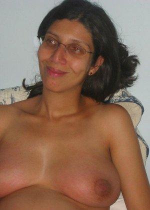 Девушки в положении очень хотят быть желанными и показывают свои обнаженные тела перед всеми - фото 7