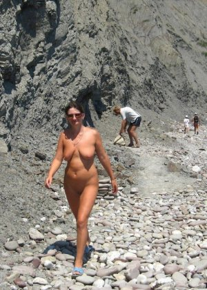 Сексуальная жена хорошенько отдыхает без одежды - фото 80 - фото 80 - фото 80