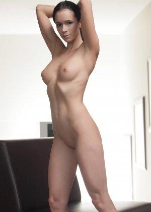 Подборка фото красивых обнаженных девушек которые хвастают своим телом - фото 18