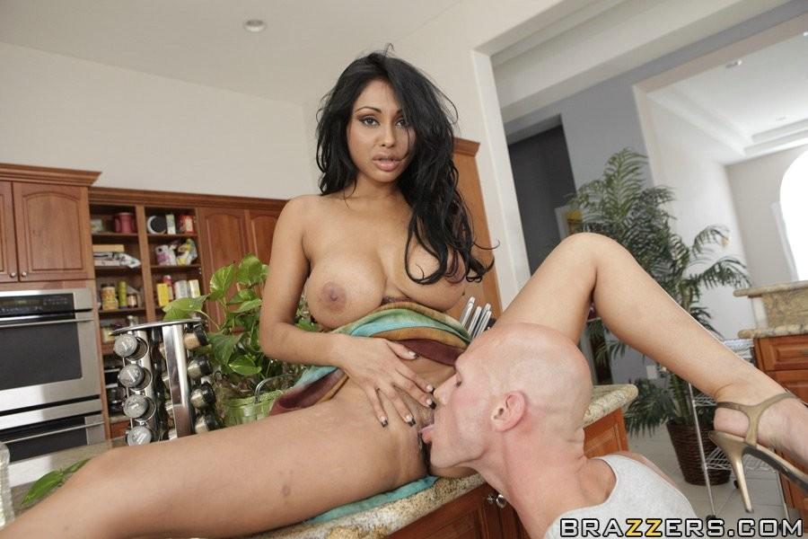 Priya Rai - Галерея 2490237