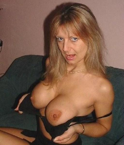 Жены выложили свои интимные фото в сеть, чтобы отплатить мужьям