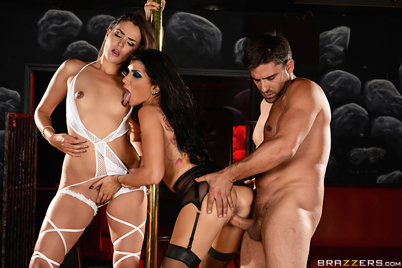 Romi Rain, Allie Haze - Галерея 3502376