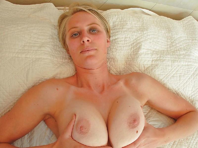 Секс фото зрелой и опытной подруги во время перепихона