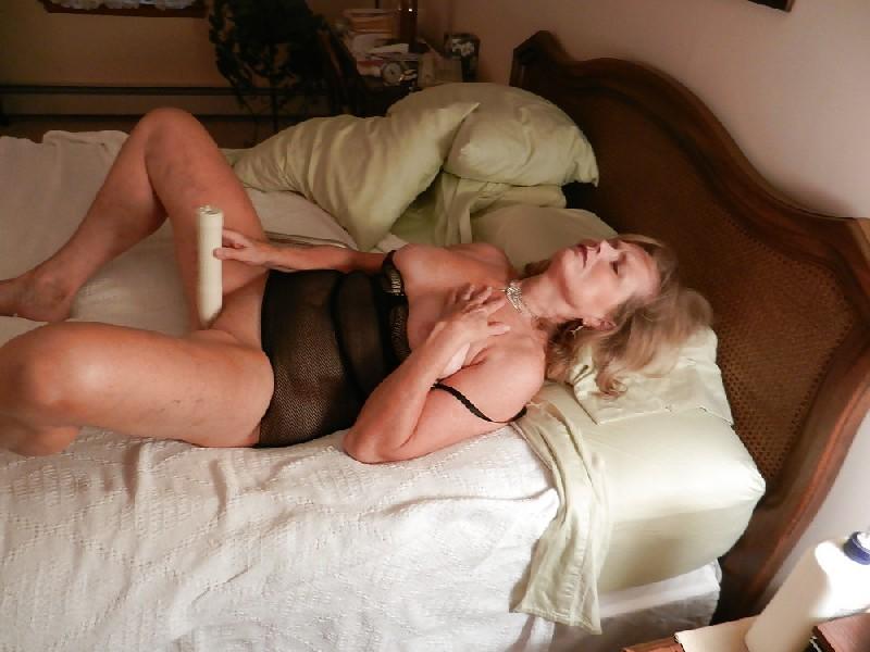 фото мужчина занимается сексом с женщиной