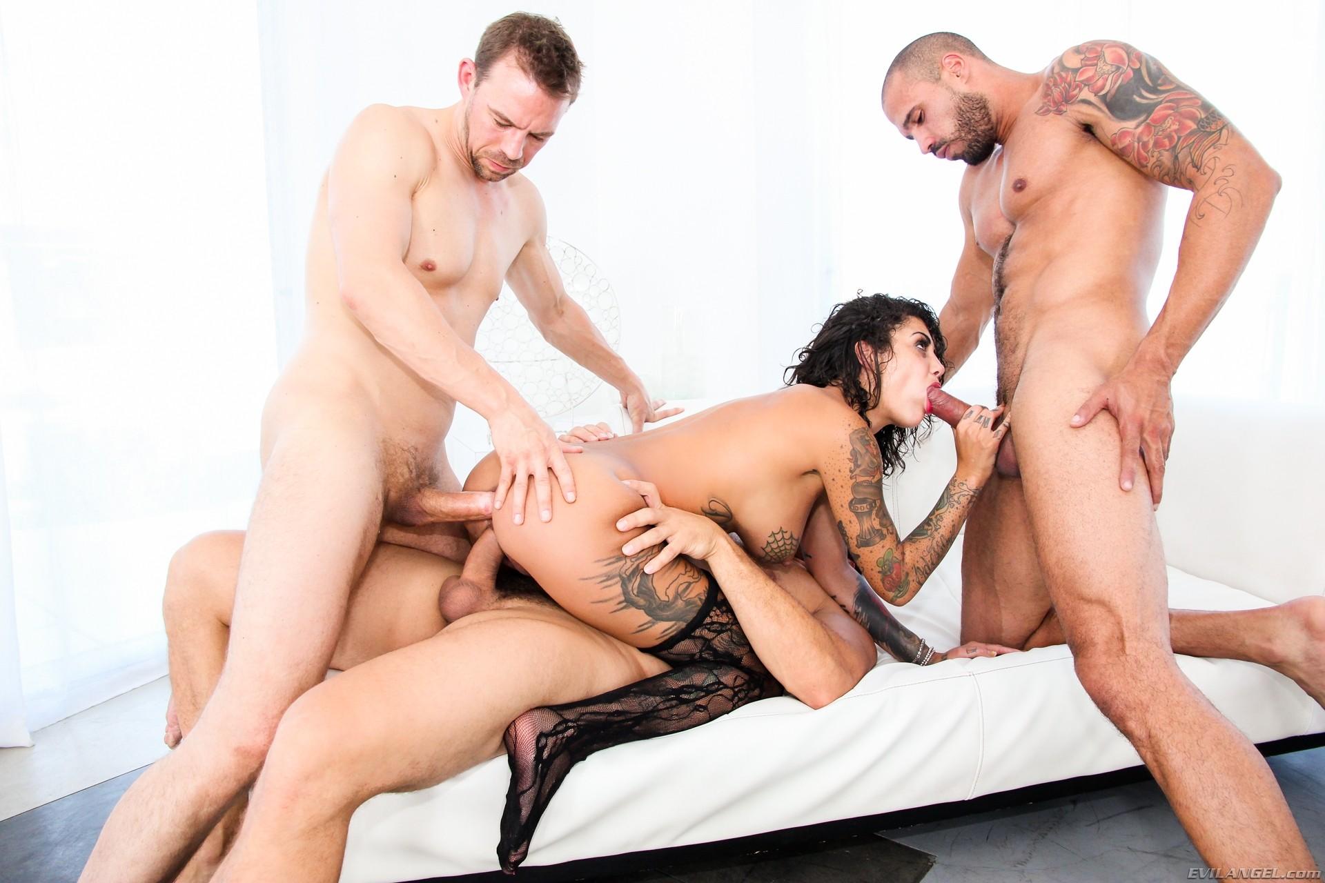 нежный массаж секс парень с девушкой