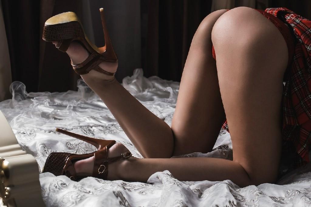 Профессиональная фотосессия от голой и нежной красоточки