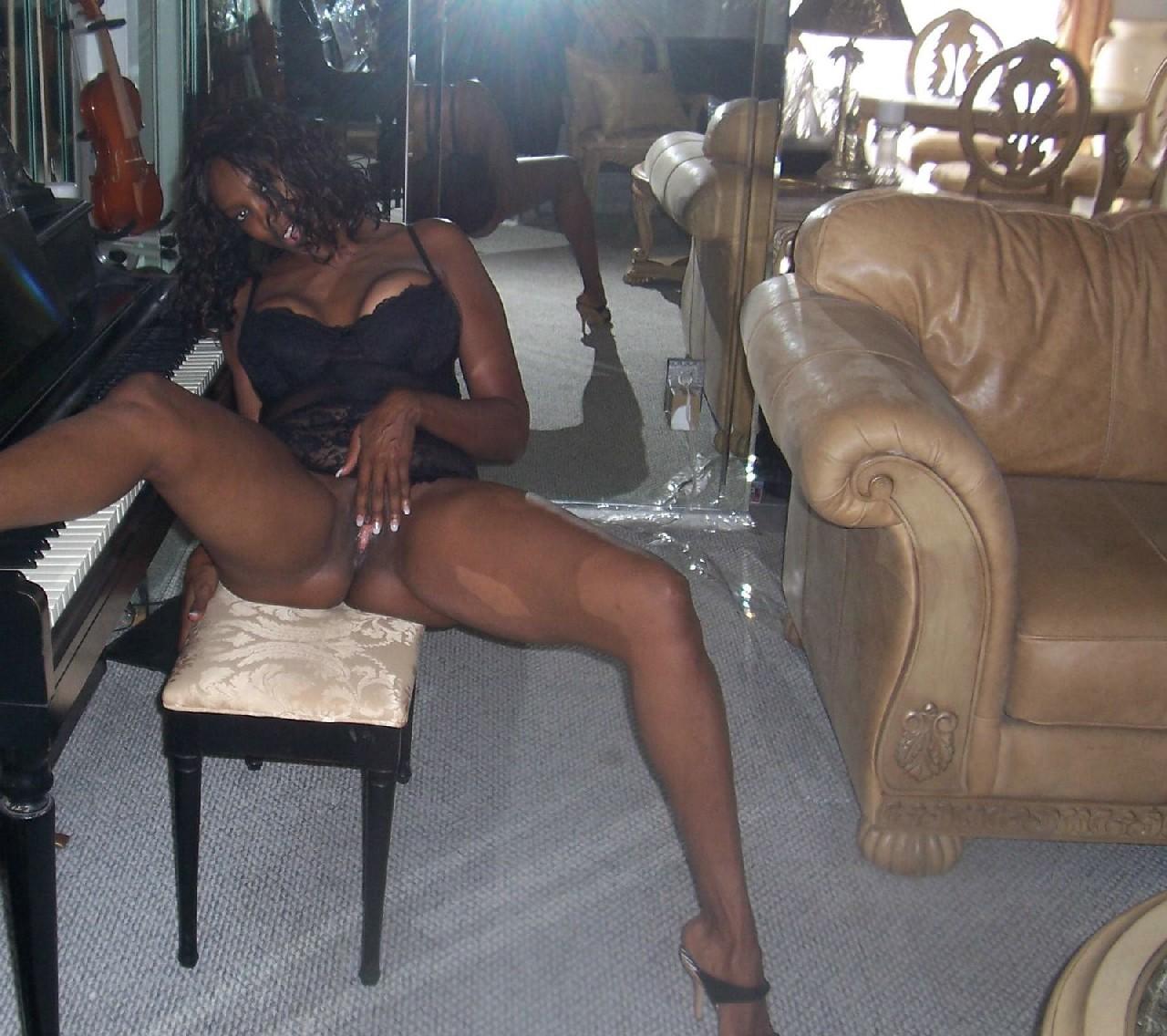 Зрелые черные женщины, как трахает красавица