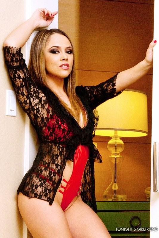 Секс в отеле с Кристиной Роуз