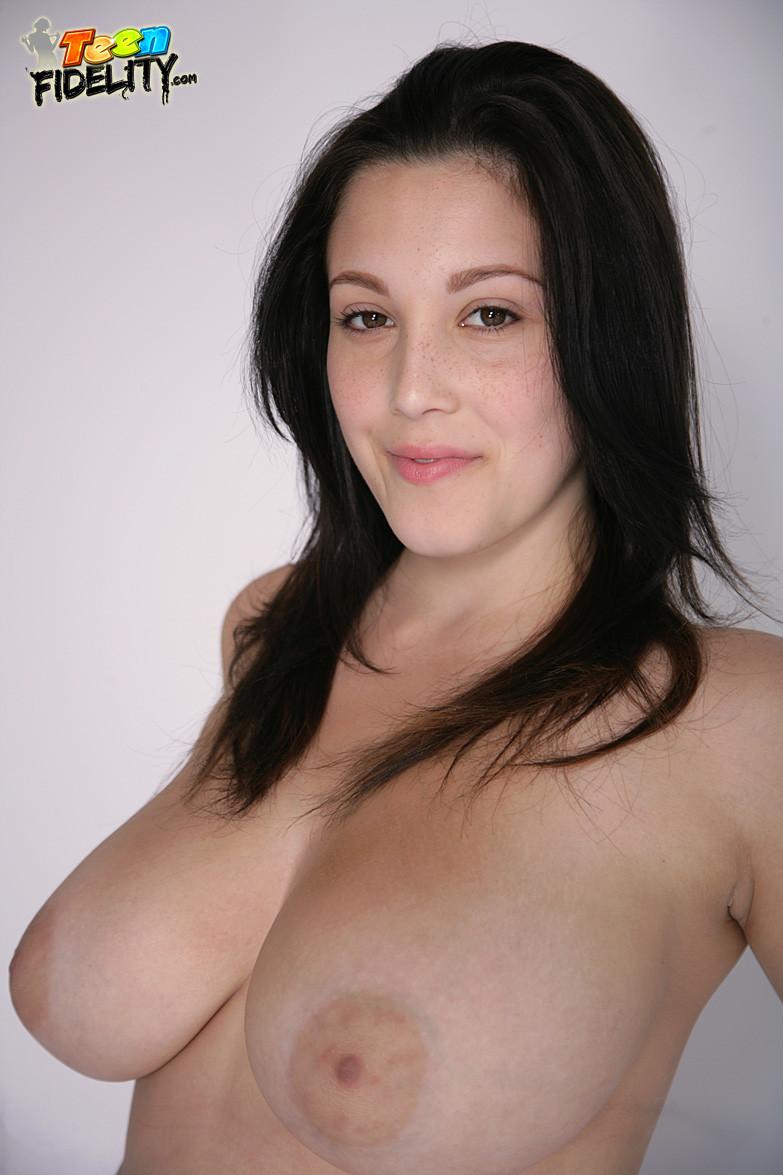 Noelle Easton - Галерея 3422618