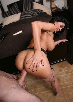 Секс со зрелой грудастой индианкой - фото 12