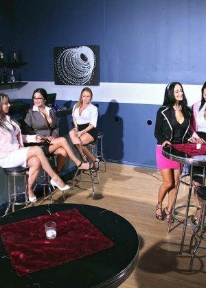Ava Addams, Carolyn Reese, Sophia Lomeli, Franceska James, Nikki Delano - Галерея 3496038 - фото 1