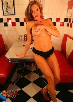 Brandi Love - Галерея 3499407 - фото 40