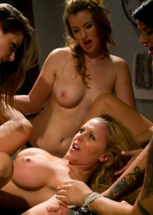 Julia Ann, Gia Dimarco, Missy Minks, Sofia Lauryn, Akira Raine - Галерея 3385507 - фото 8