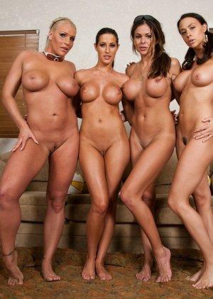 Четыре спортивные лесбиянки - фото 15