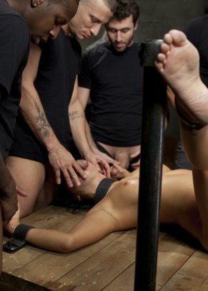Rico Strong, Jon Jon, James Deen, Mr Pete, Ramon Nomar, Asa Akira - Галерея 3477506