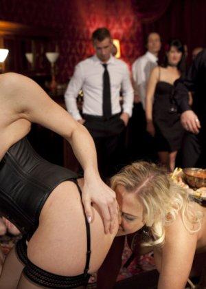 Chanel Preston, Angel Allwood - Галерея 3395421 - фото 8