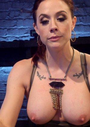 Chanel Preston, Olivia Fawn - Галерея 3487541 - фото 19