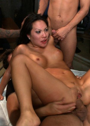 Asa Akira, Rico Strong, Jon Jon, James Deen, Ramon Nomar, Mr Pete - Галерея 3490387