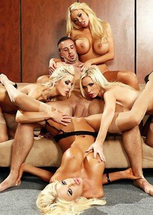 Nikki Benz, Summer Brielle, Courtney Taylor, Nina Elle - Галерея 3454414 - фото 6