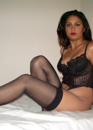 Индианка позирует в сексуальном нижнем белье - фото 3