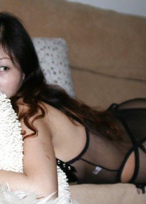 Аматорская азиатская шлюшка с плоской задницей - фото 19