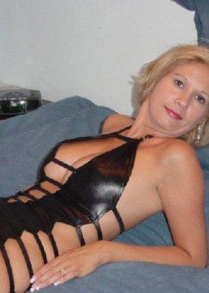 Жены выложили свои интимные фото в сеть, чтобы отплатить мужьям - фото 28