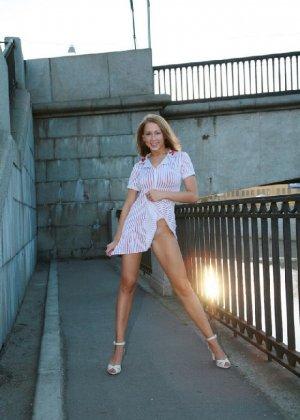 Соблазнительные и прекрасные девушки из сайтов знакомств - фото 44