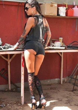 Bonnie Rotten, James Deen - Галерея 3409543 - фото 6
