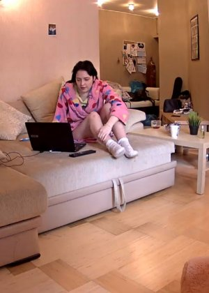 Скрытые камеры зафиксировали секс в неожиданных местах в квартире - фото 44