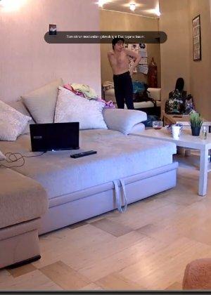 Скрытые камеры зафиксировали секс в неожиданных местах в квартире - фото 52